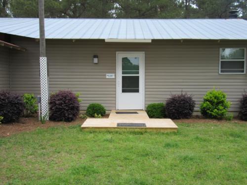 Oaks Cabin 1